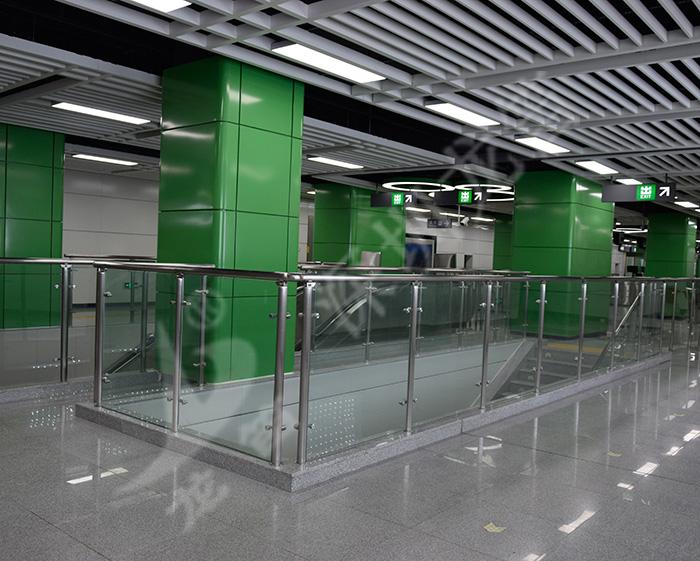 深圳地铁7号线全线不锈钢栏杆工程