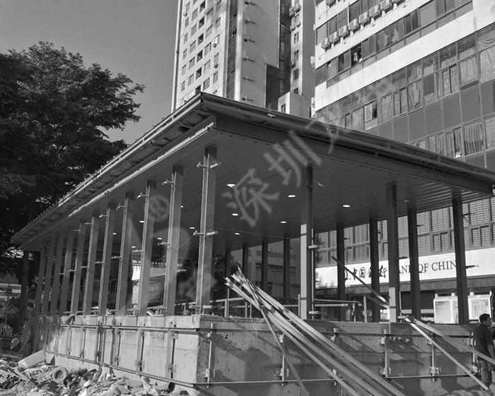 深圳地铁九号线出入口雨棚工程